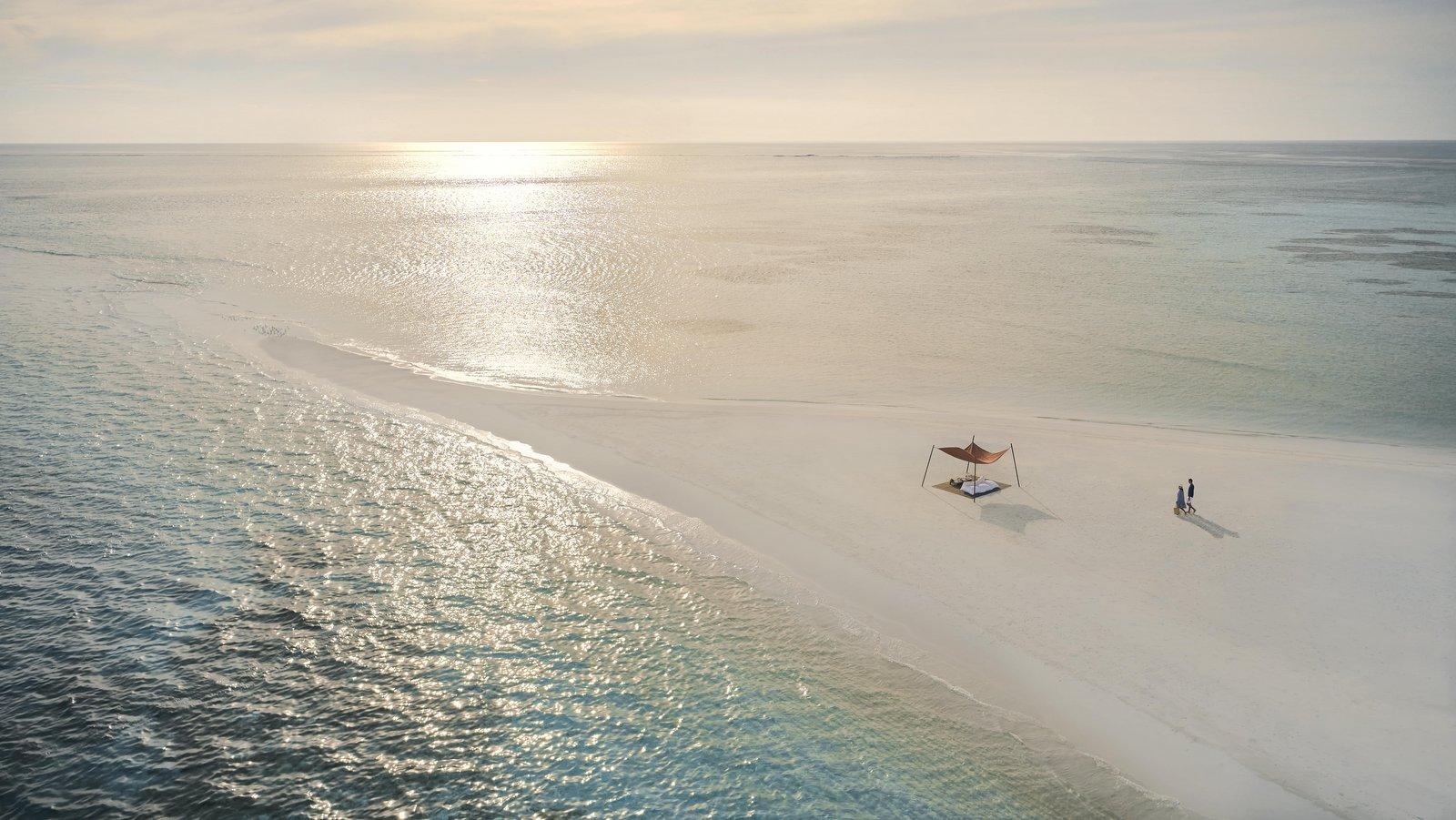 Мальдивы, отель COMO Cocoa Island, пляж