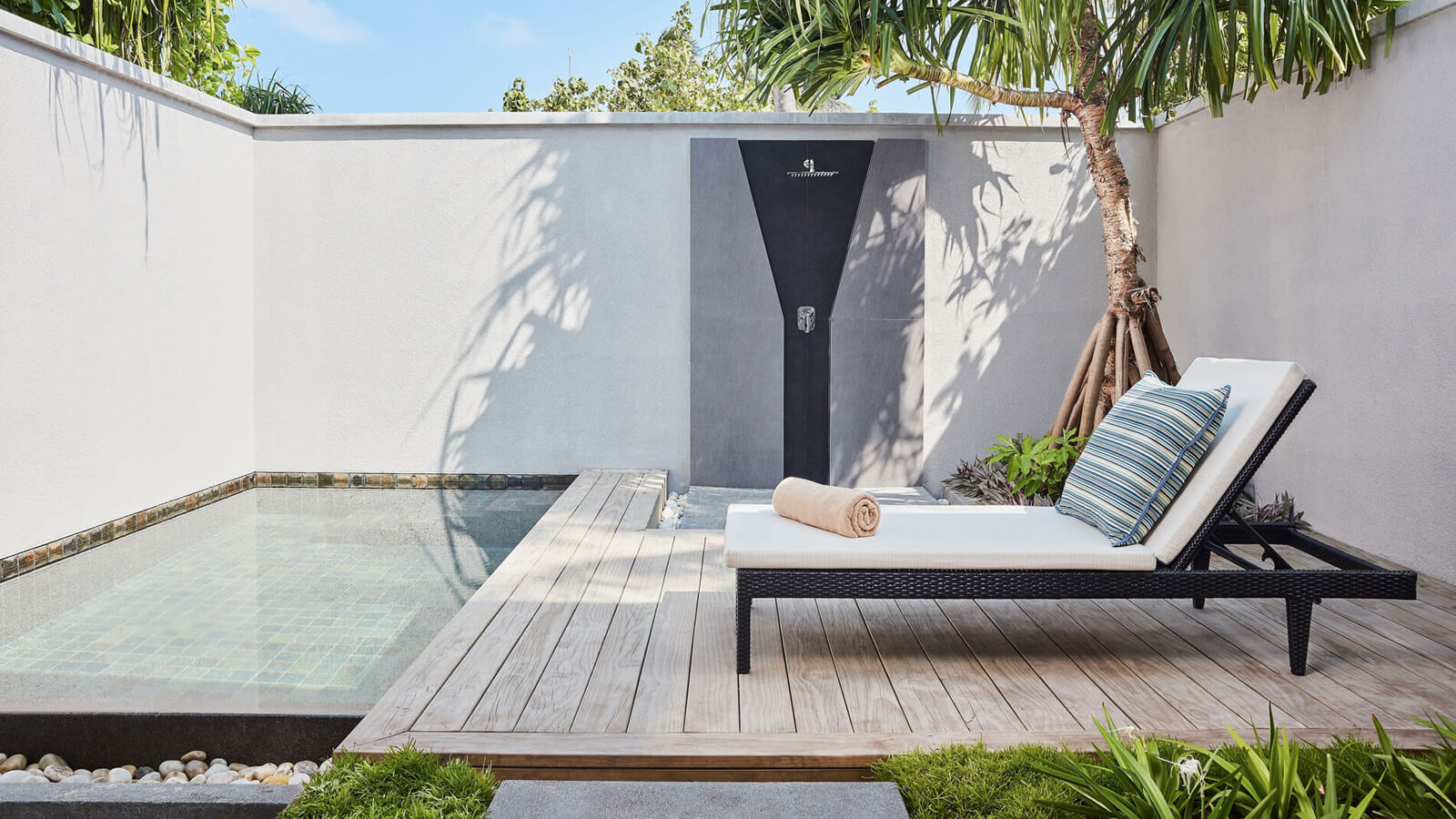 Мальдивы, Отель Amari Havodda Maldives, номер Private Pool Villa