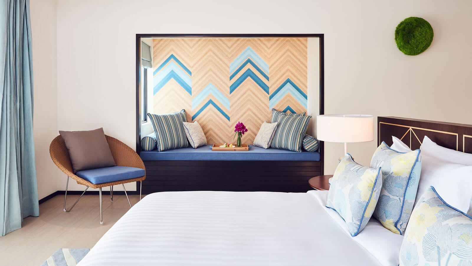 Мальдивы, Отель Amari Havodda Maldives, номер Deluxe Beach Villa