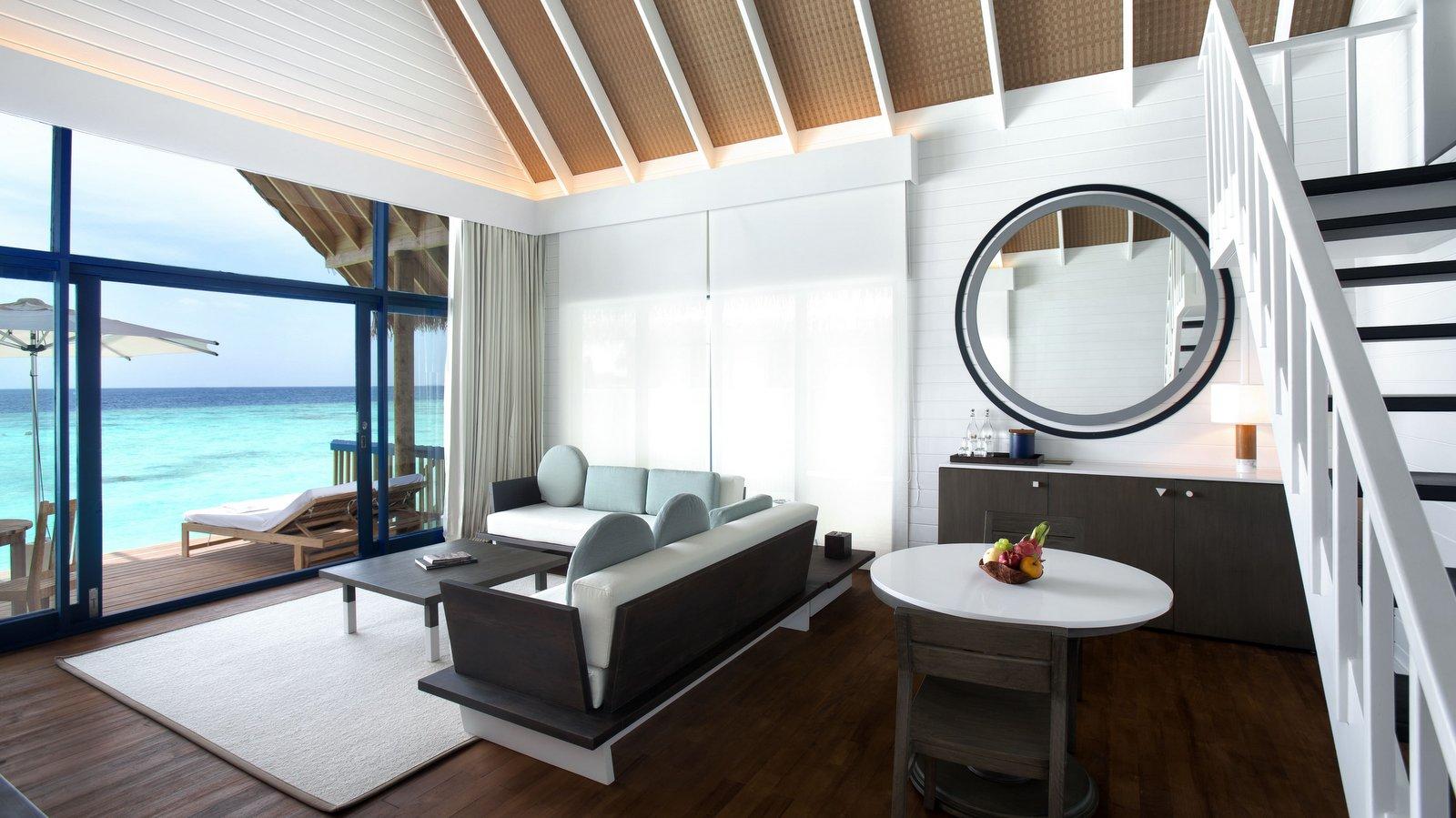 Мальдивы, Отель COMO Cocoa Island, номер Dhoni Loft Water Villa