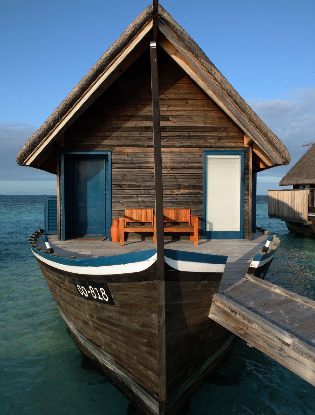 Мальдивы, Отель COMO Cocoa Island, номер Dhoni Water Villa