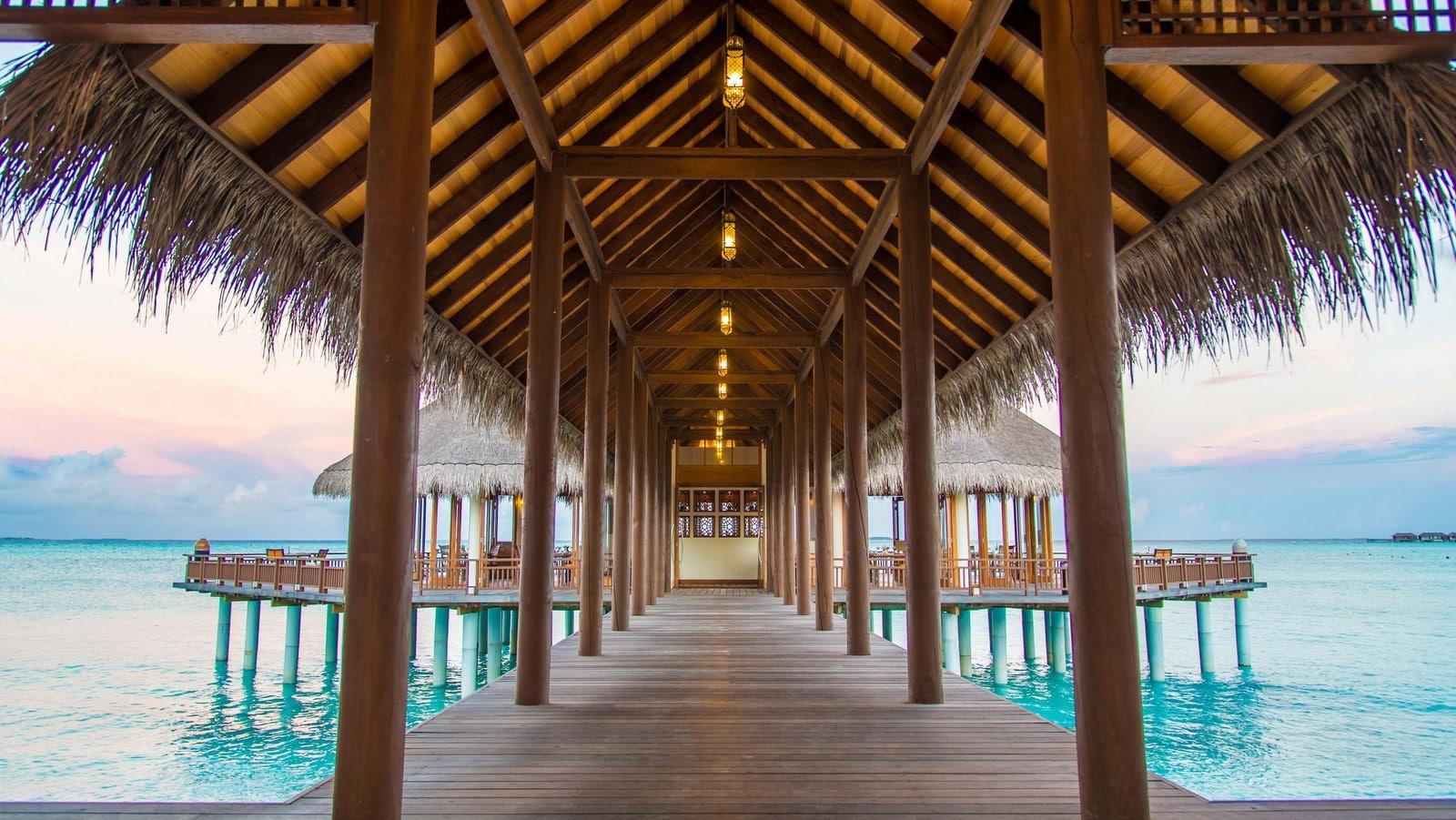 Мальдивы, отель Hideaway Beach Resort & Spa, SAMSARA ASIAN FUSION