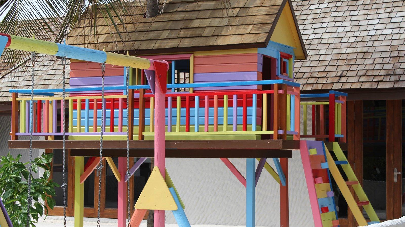 Мальдивы, отель Hideaway Beach Resort & Spa, детский клуб