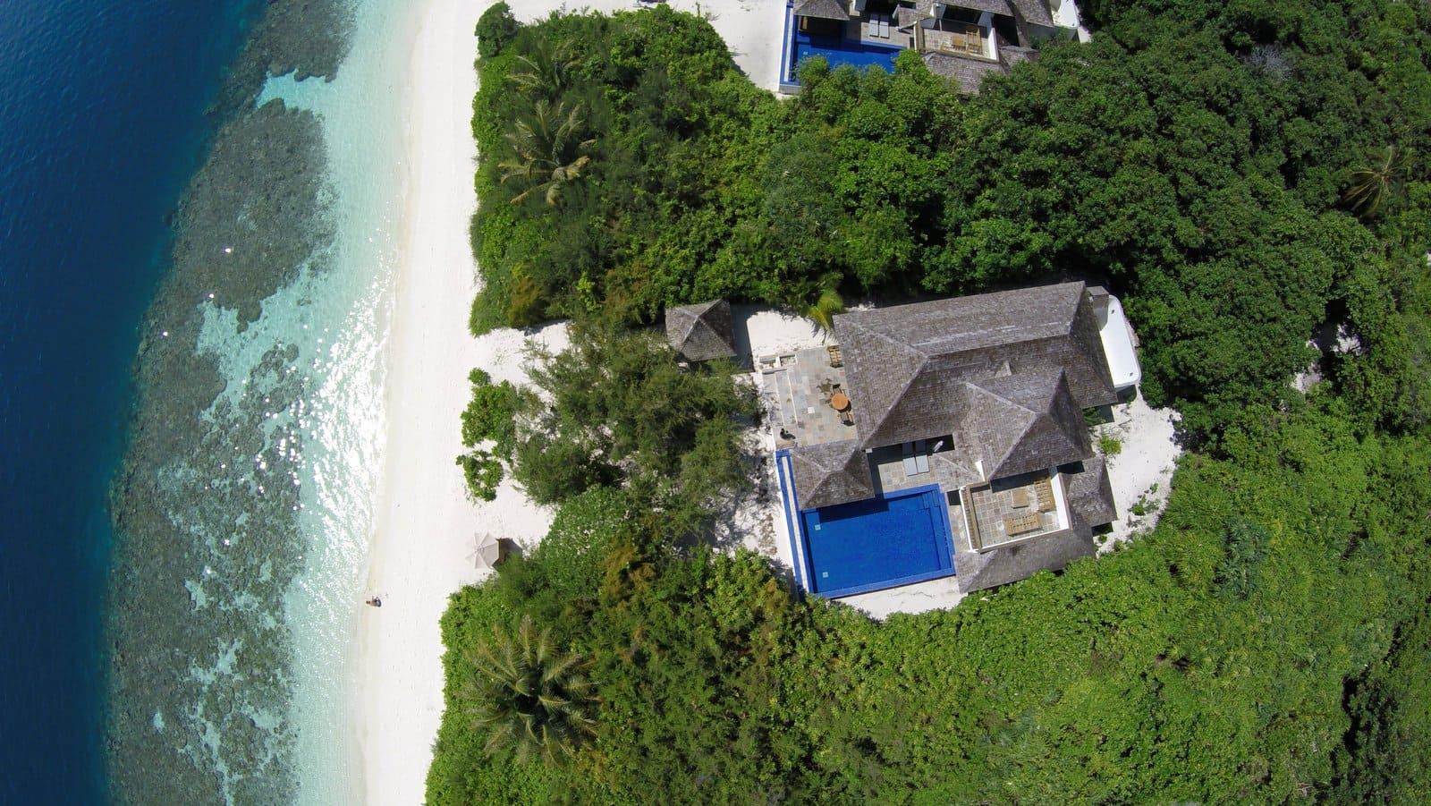 Мальдивы, Отель Hideaway Beach Resort & Spa, номер Family Villa with Pool