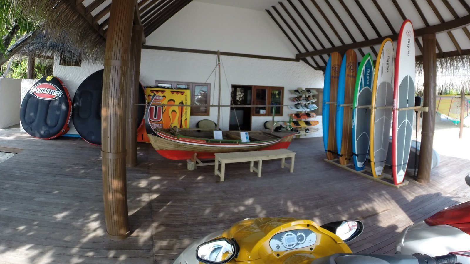 Мальдивы, отель Hideaway Beach Resort & Spa, дайвинг