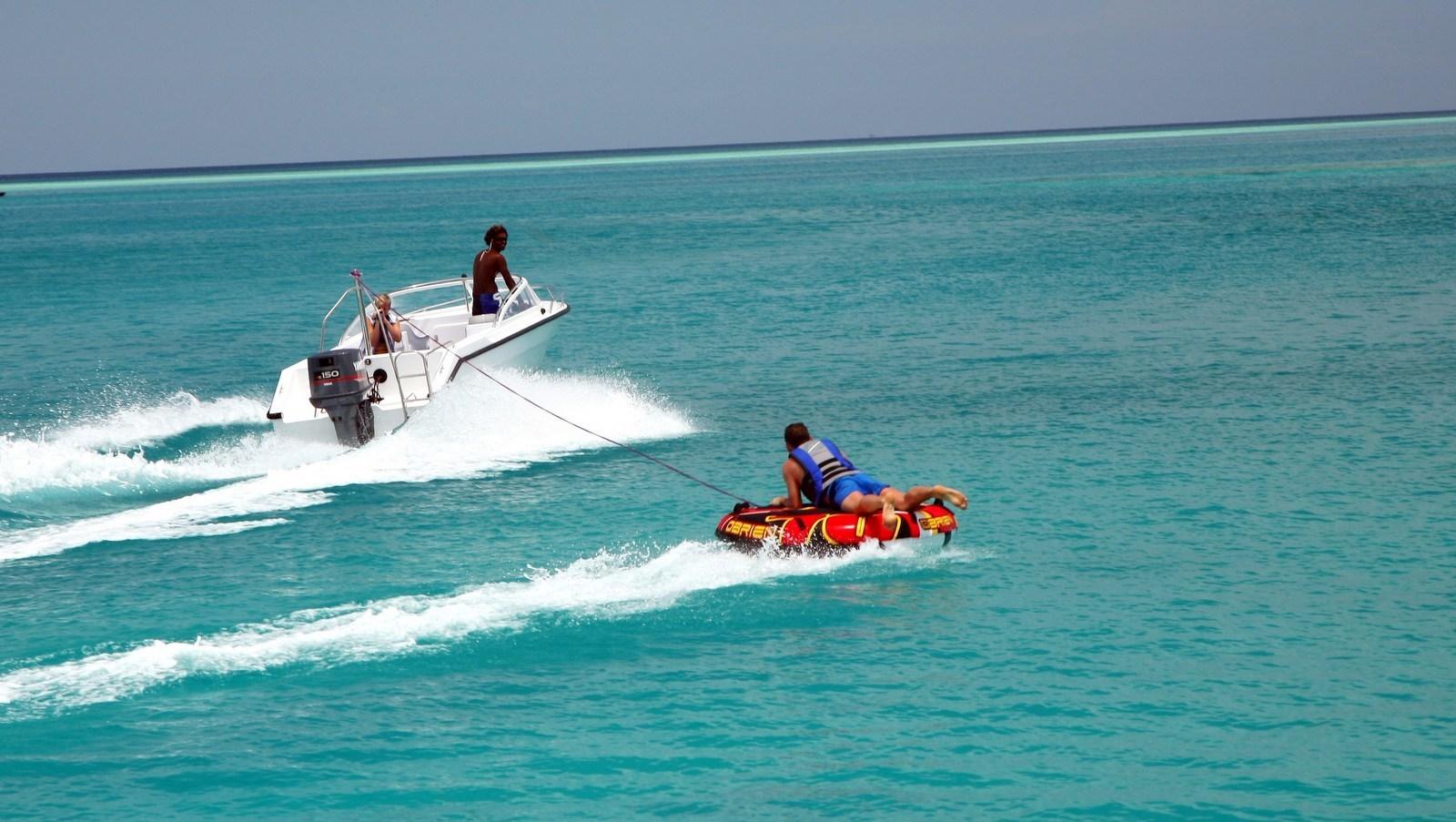 Мальдивы, отель Hideaway Beach Resort & Spa