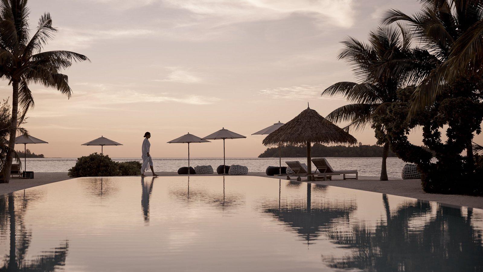 Мальдивы, отель COMO Cocoa Island, бассейн