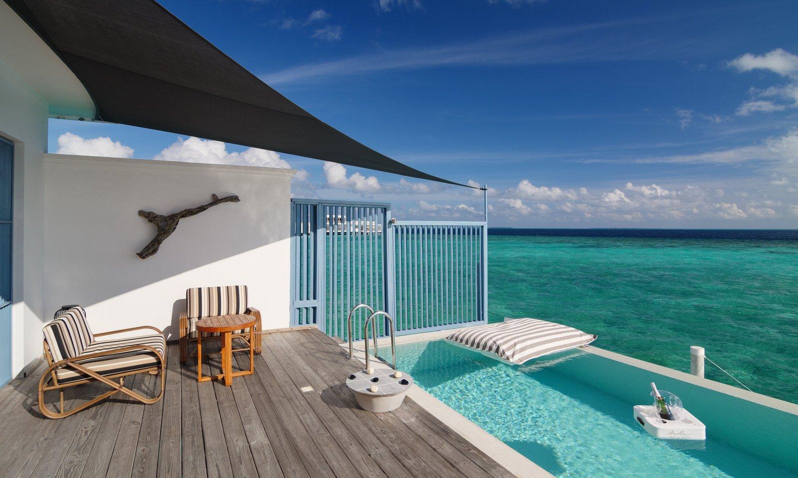 Мальдивы, Отель Amilla Fushi Maldives, номер Sunset Water Pool Villa