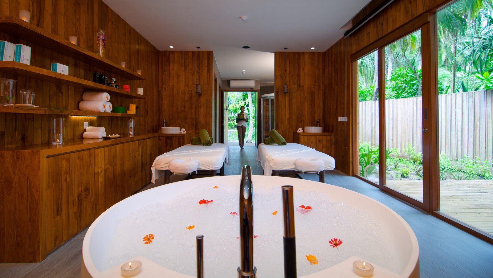 Мальдивы, отель Amilla Fushi Maldives, спа