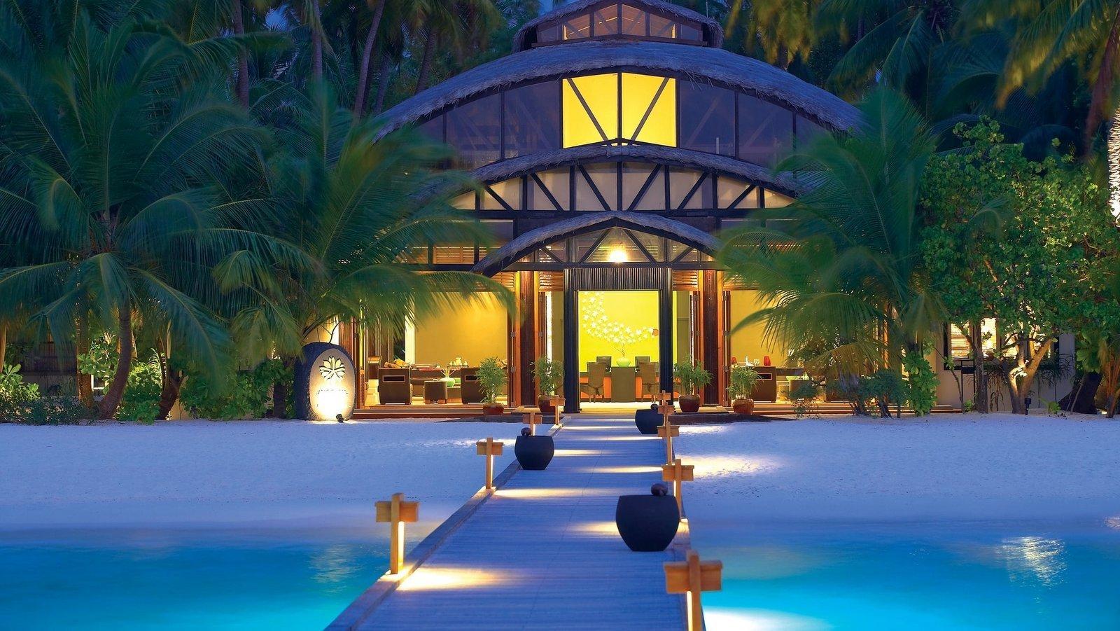 Мальдивы, отель Angsana Velavaru, лобби