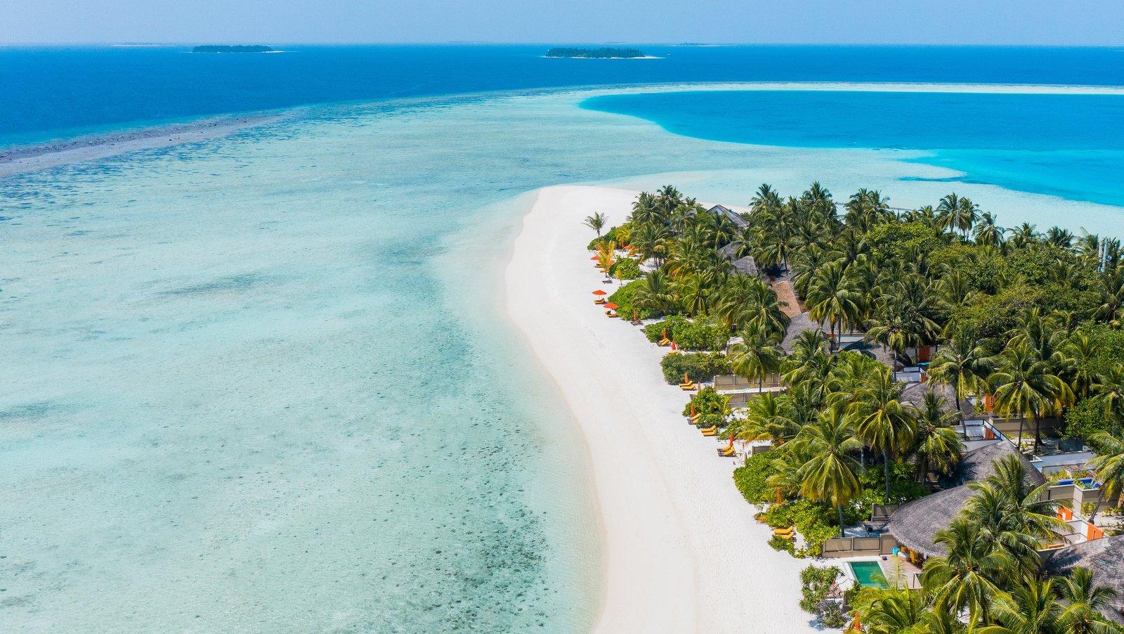 Мальдивы, отель Angsana Velavaru, пляж