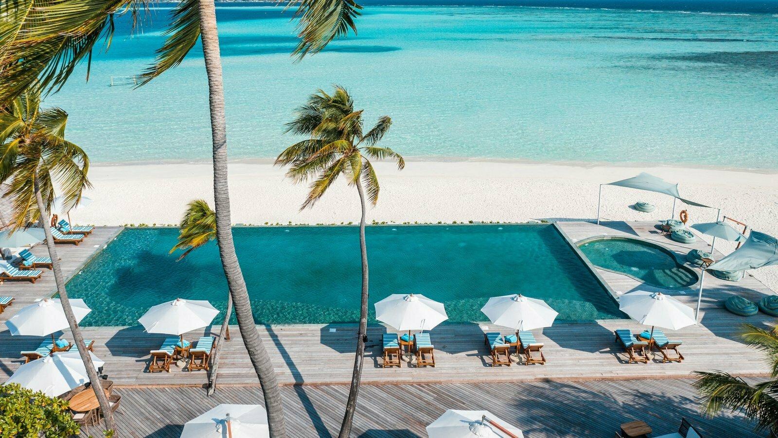 Мальдивы, отель Angsana Velavaru, ресторан Kuredhi