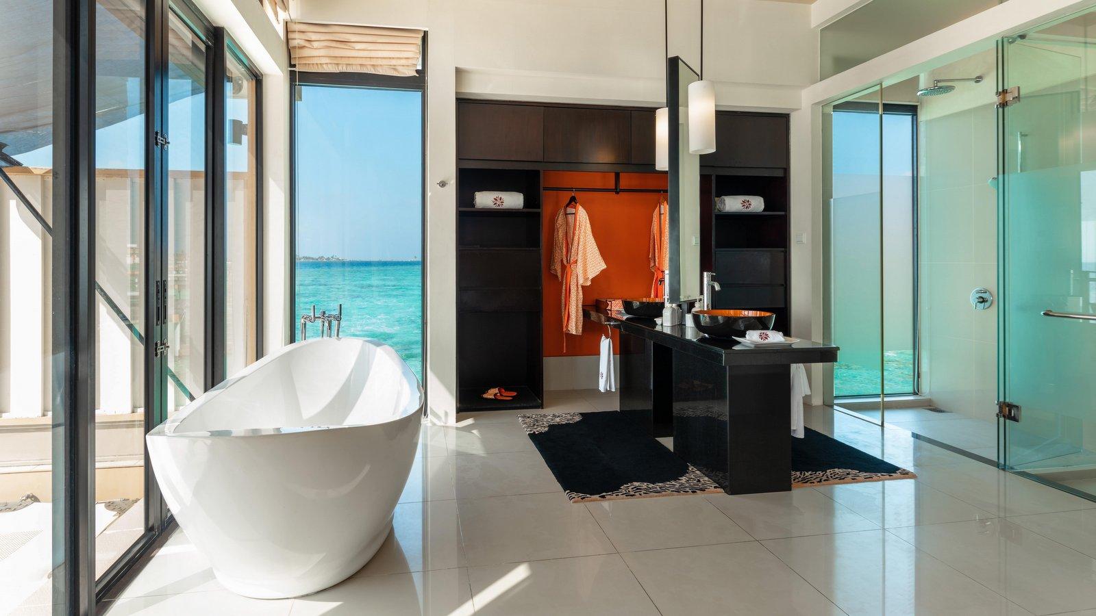 Мальдивы, отель Angsana Velavaru, номер InOcean Pool Villa
