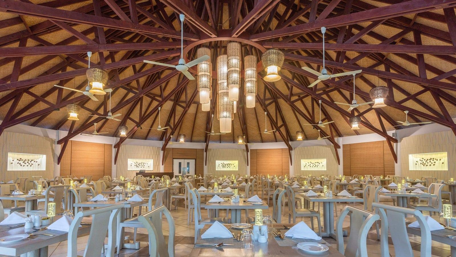 Мальдивы, отель Bandos Maldives, ресторан Gallery