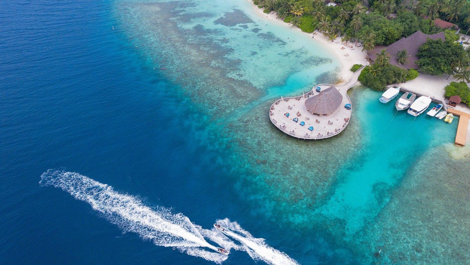 Мальдивы, отель Bandos Maldives, ресторан Huvan