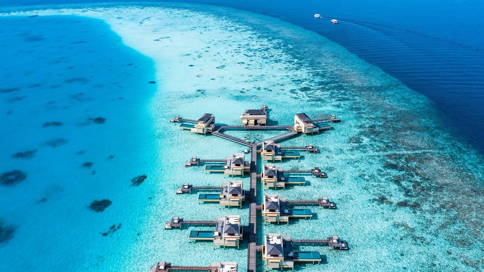Мальдивы, отель Angsana Velavaru, водные виллы