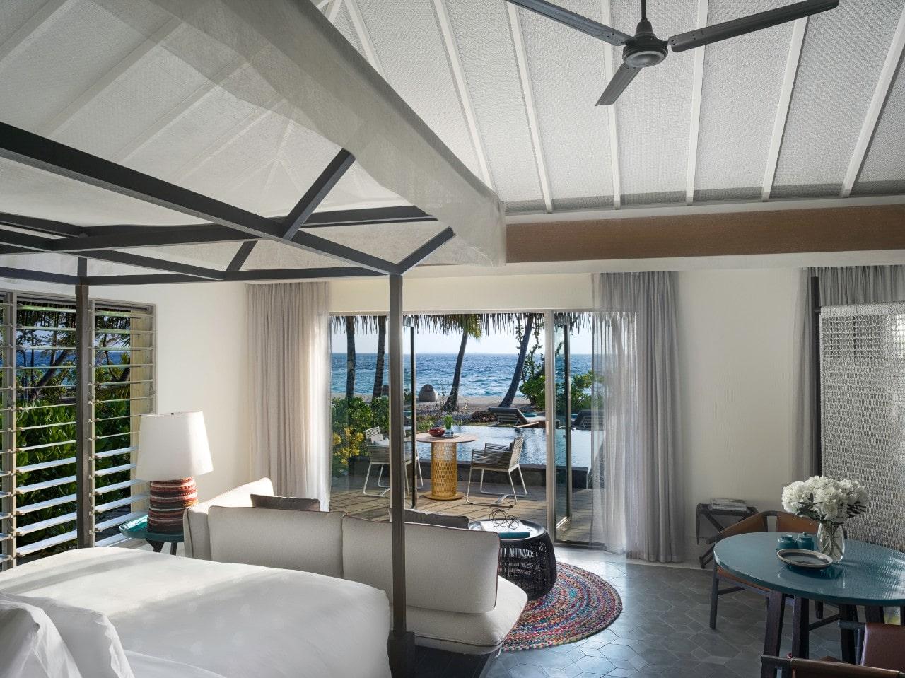 Мальдивы, отель Intercontinental Maldives Maamunagau, номер Family Beach Pool Villa
