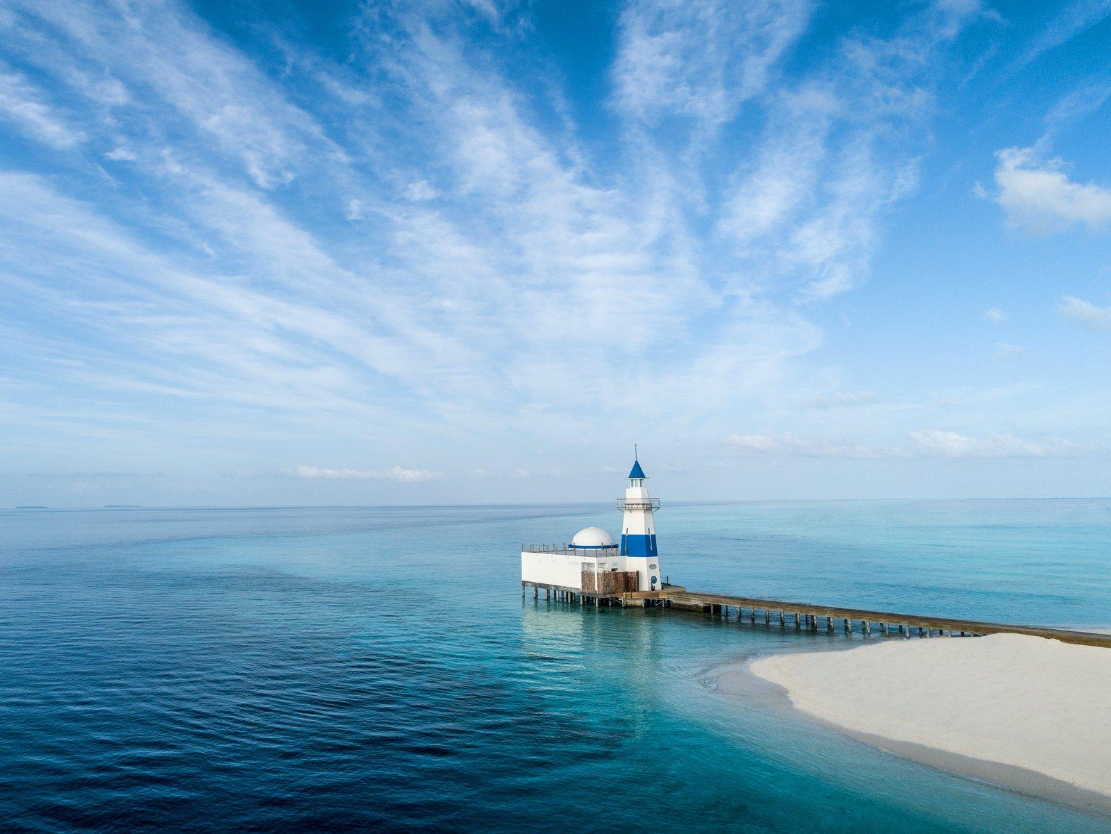 Мальдивы, отель Intercontinental Maldives Maamunagau, ресторан Lighthouse