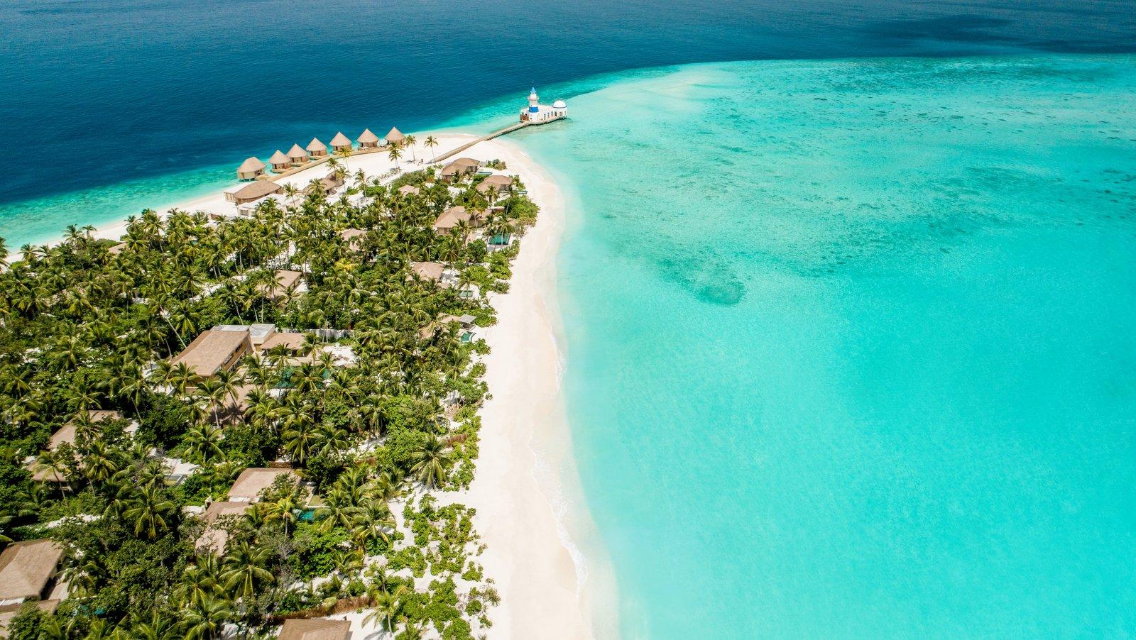 Мальдивы, отель Intercontinental Maldives Maamunagau, остров