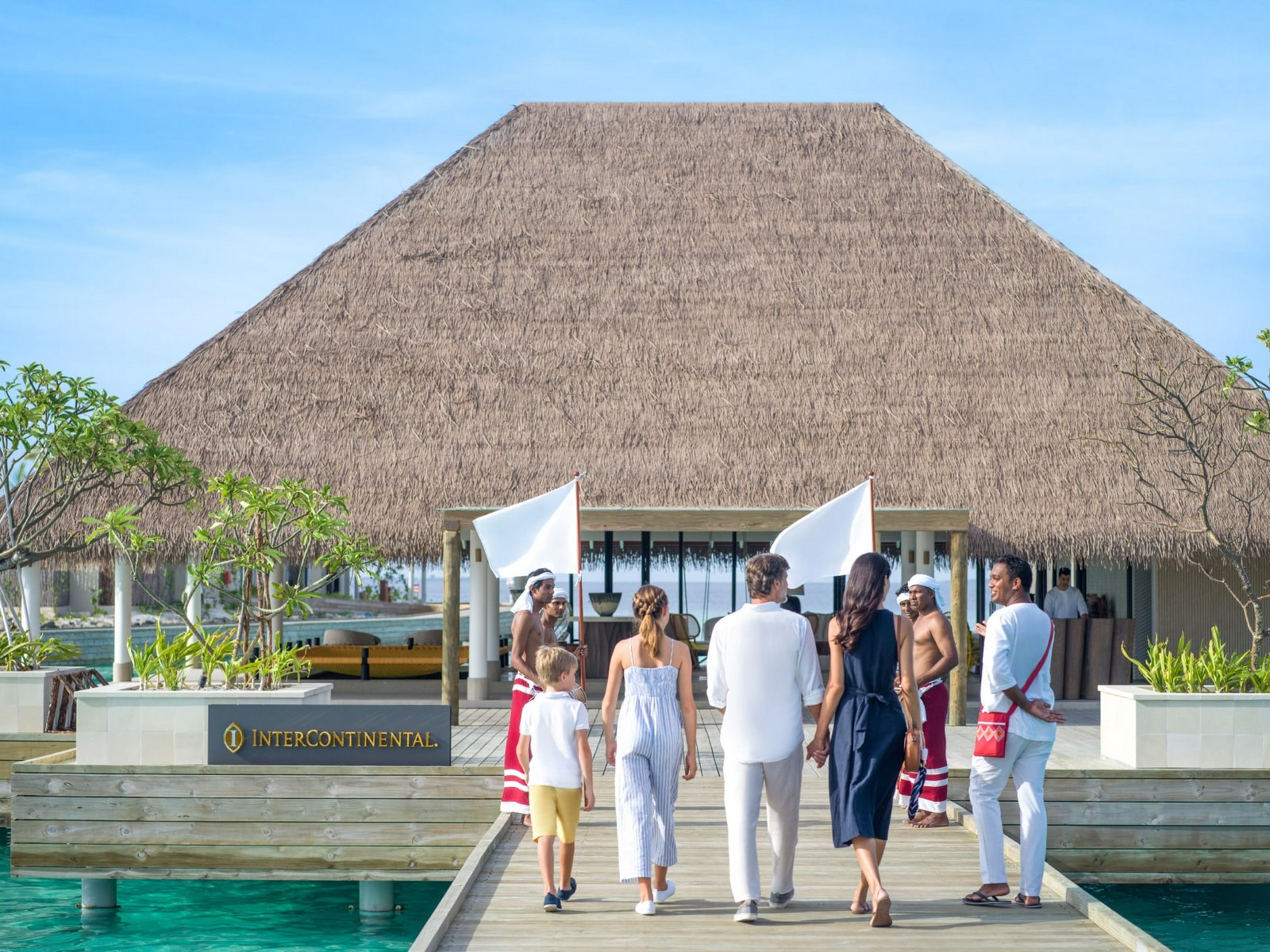 Мальдивы, отель Intercontinental Maldives Maamunagau, прибытие