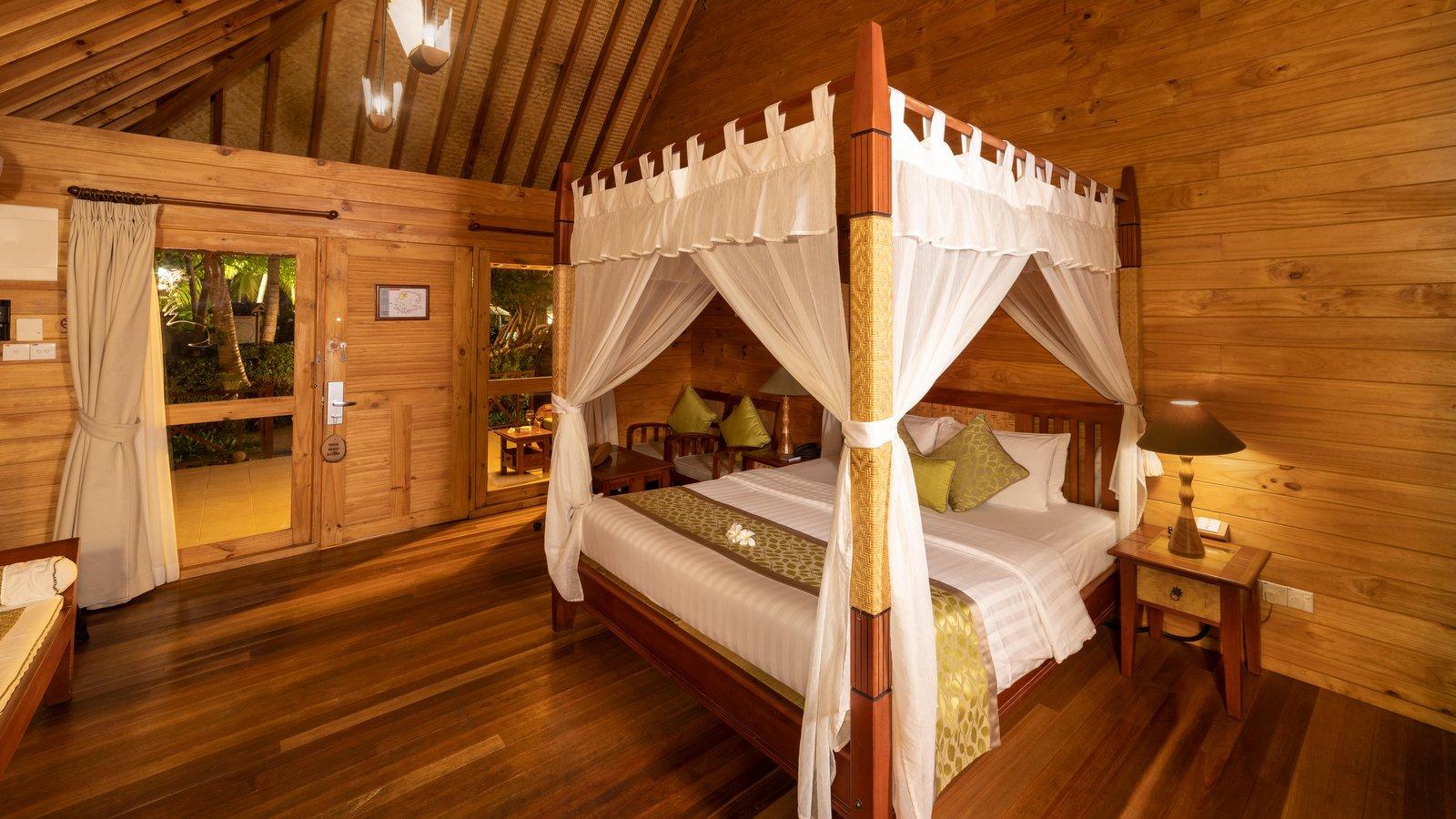 Мальдивы, отель Bandos Maldives, номер Garden Villa