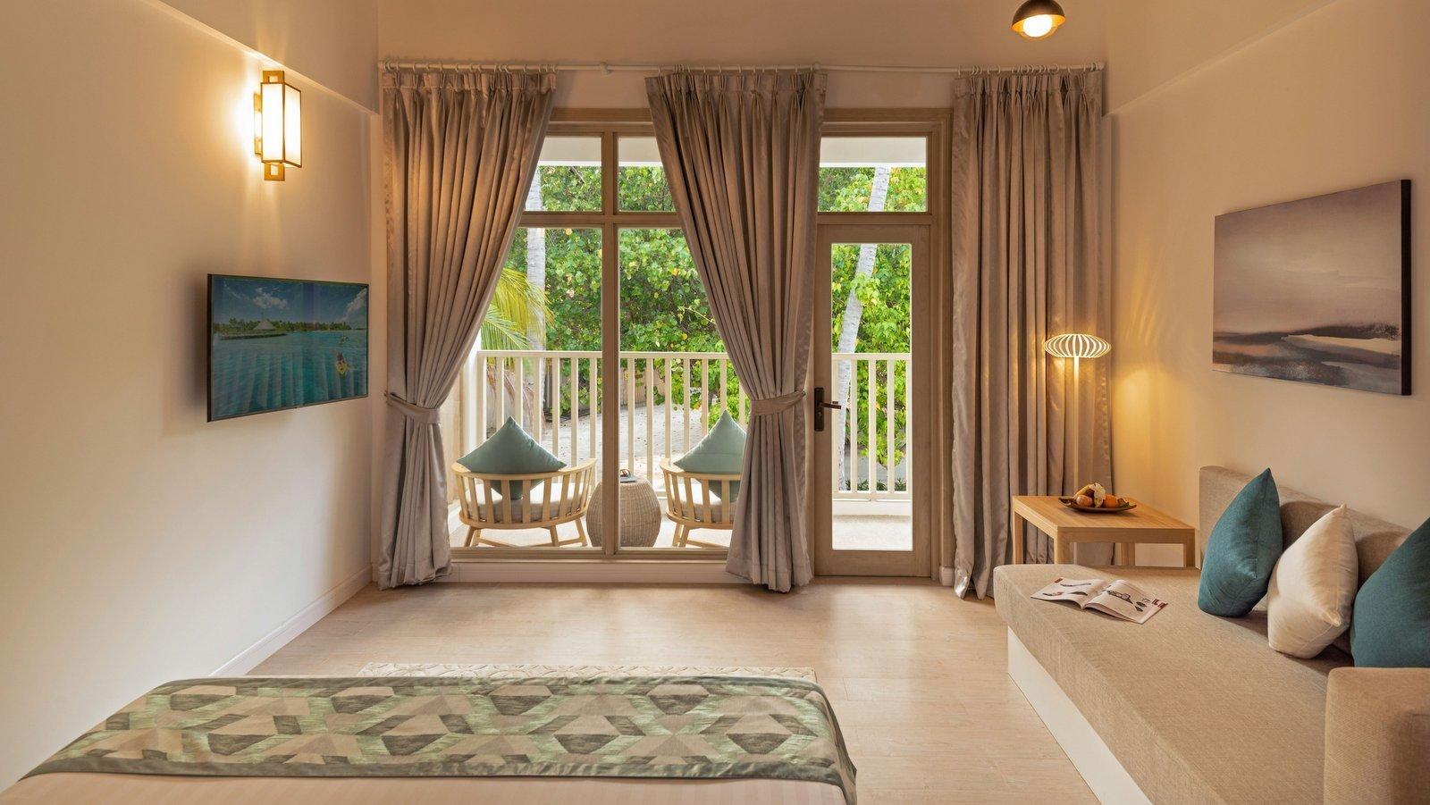 Мальдивы, отель Bandos Maldives, номер Superior Villa