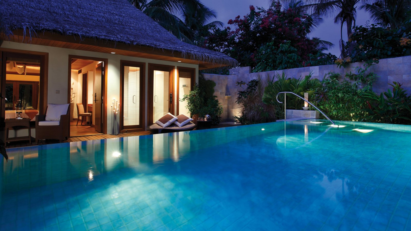 Мальдивы, отель Baros Maldives, номер Baros Residence