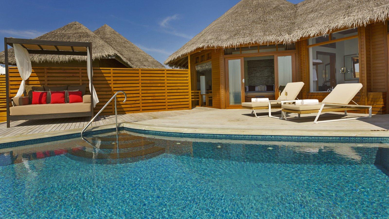 Мальдивы, отель Baros Maldives, номер Pool Water Villa