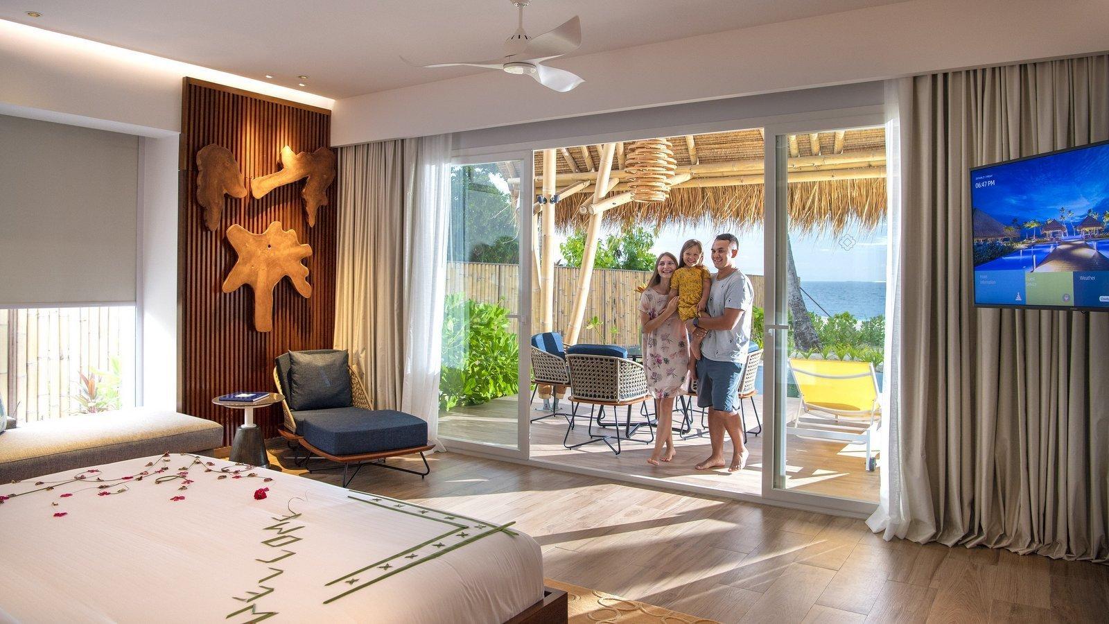 Мальдивы, отель Emerald Maldives Resort & Spa, номер Family Beach Villa with Pool