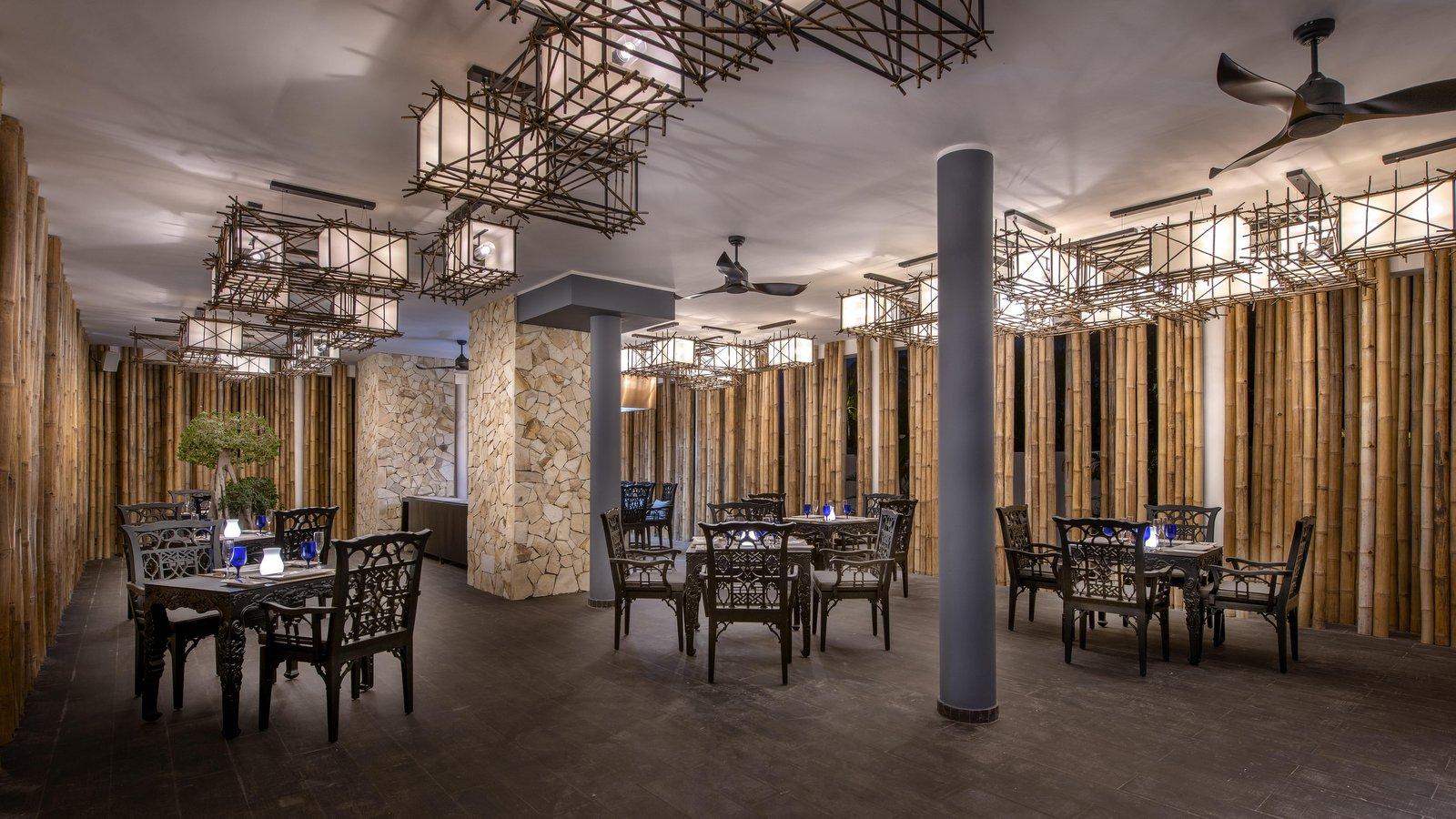 Мальдивы, отель Emerald Maldives Resort & Spa, ресторан Le Asiatique