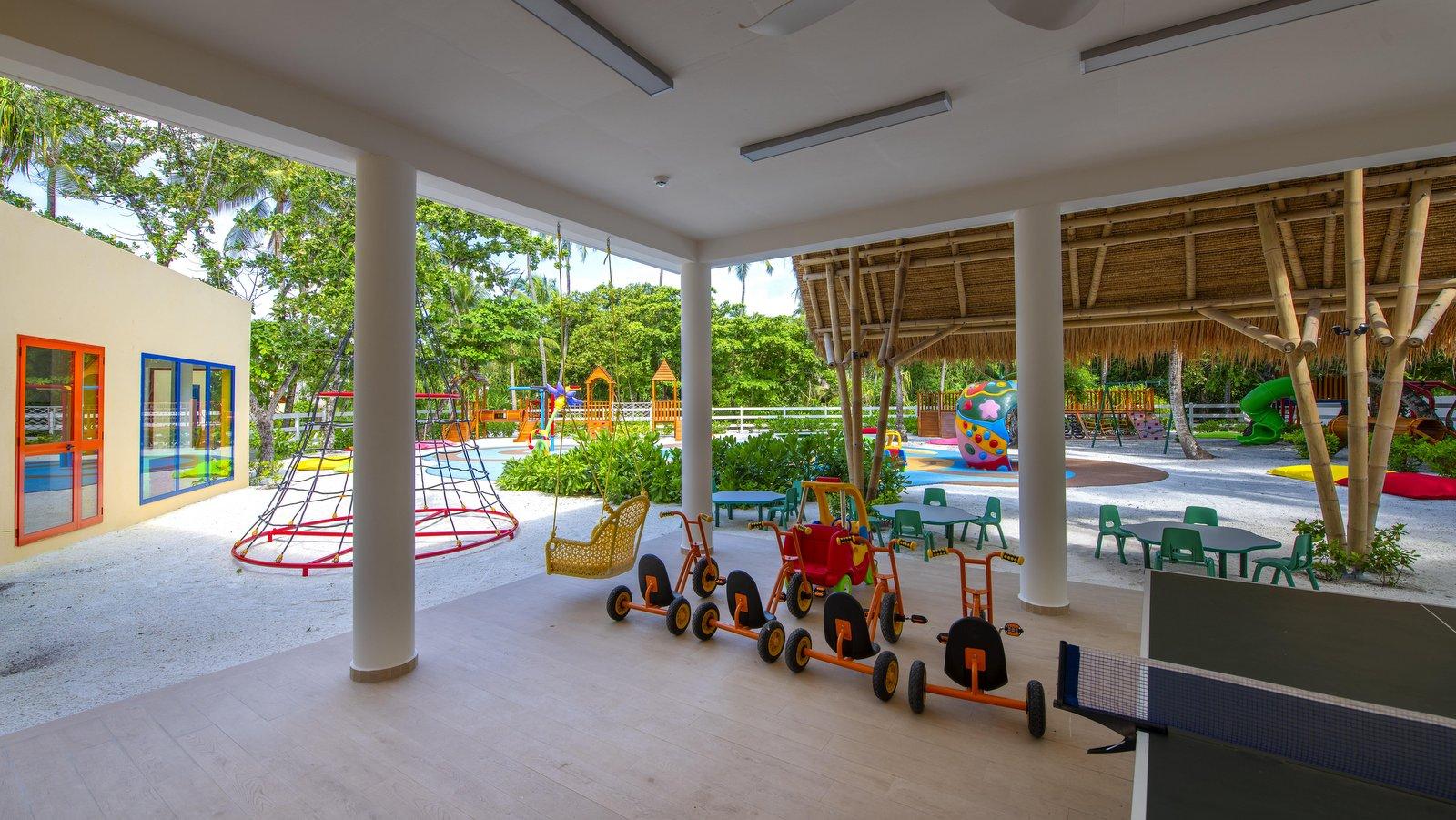 Мальдивы, отель Emerald Maldives Resort & Spa, детский клуб