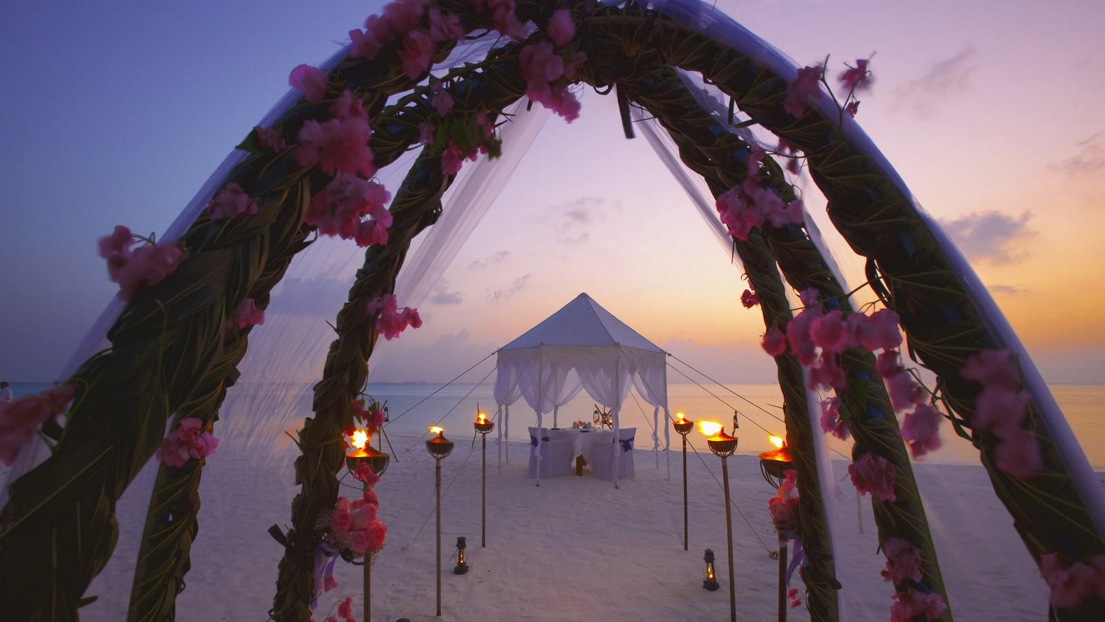 Мальдивы, отель Anantara Dhigu Maldives Resort, свадебная церемония