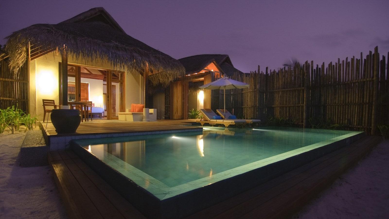 Мальдивы, отель Anantara Dhigu Maldives Resort, номер Anantara Pool Villa