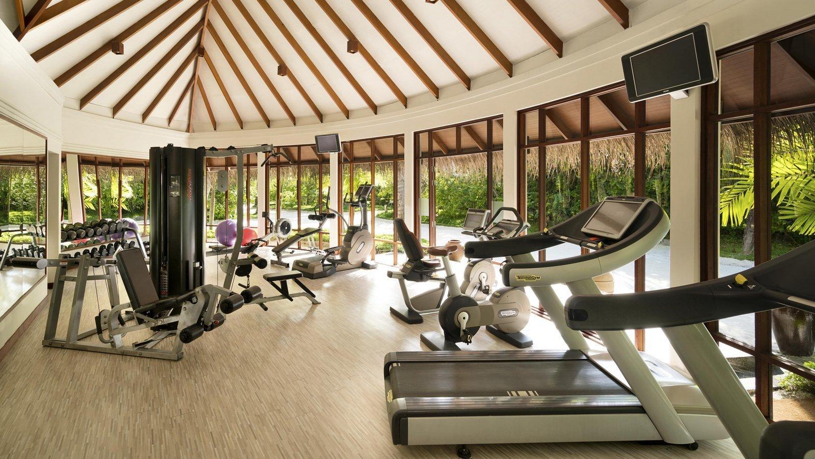 Мальдивы, отель Anantara Dhigu Maldives Resort, фитнес центр