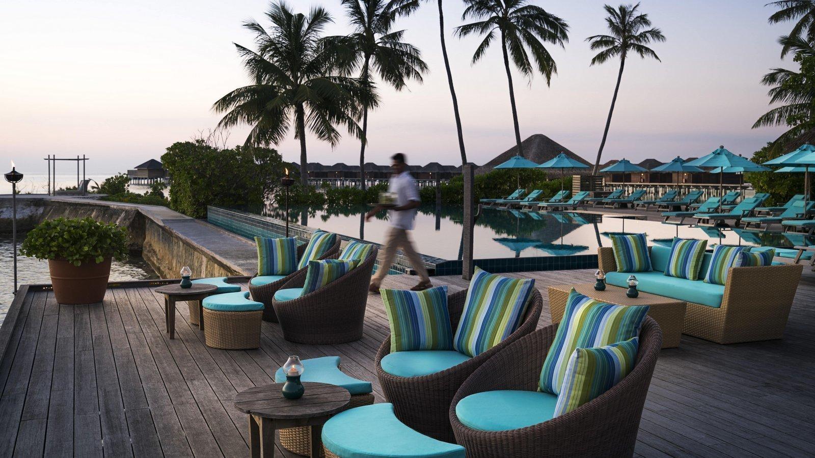 Мальдивы, отель Anantara Veli Resort, Dhoni Bar