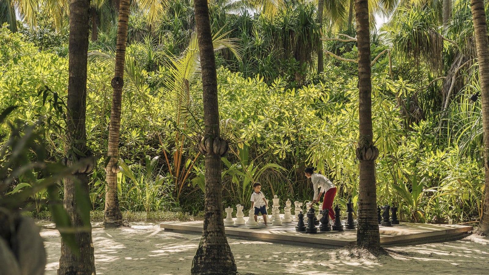 Мальдивы, отель Anantara Kihavah Maldives Villas, шахматы