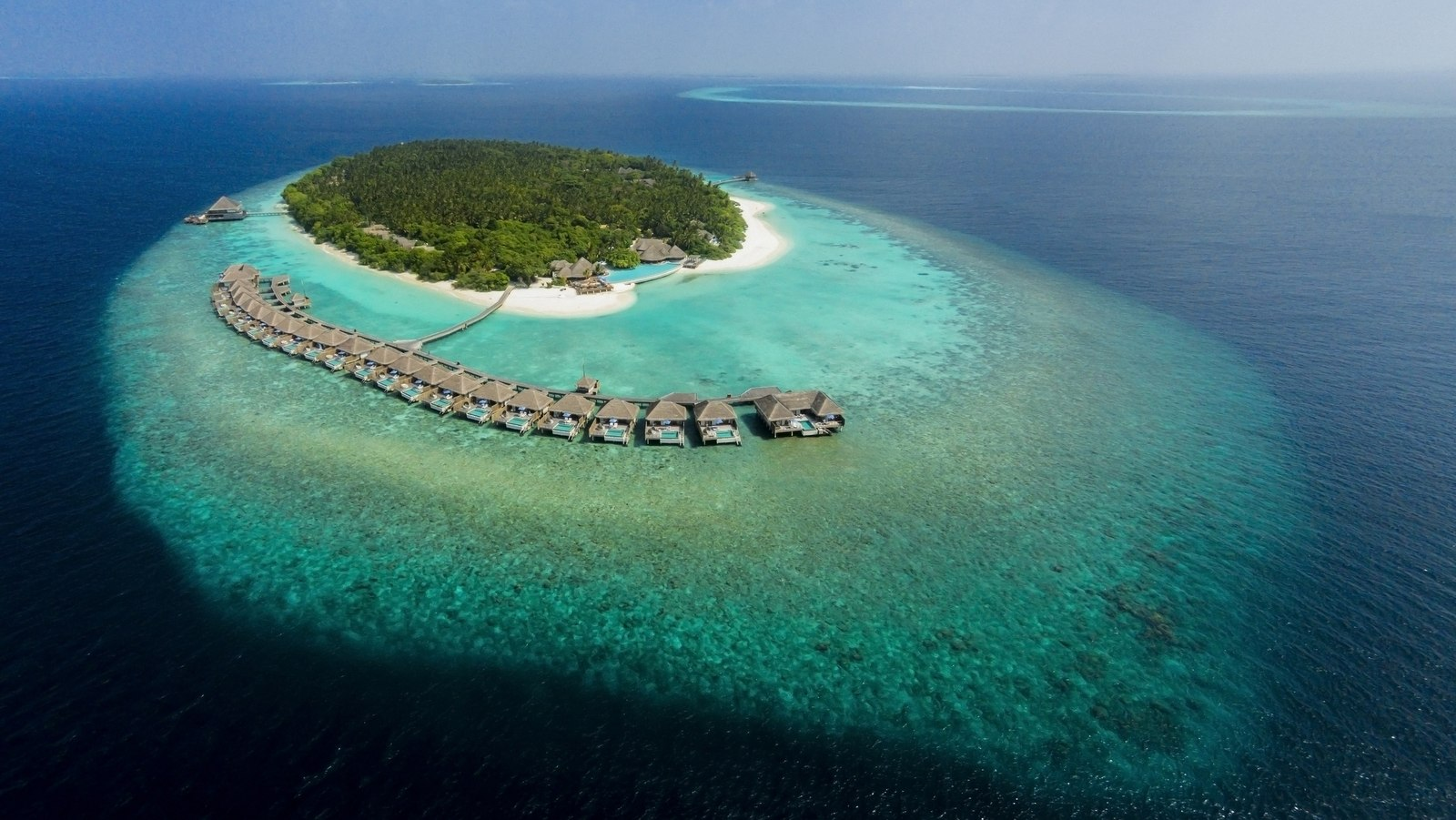 Мальдивы, отель Dusit Thani Maldives