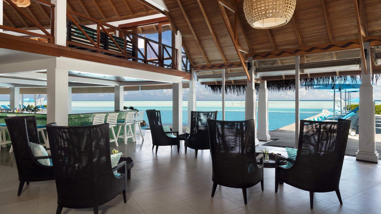 Мальдивы, отель Anantara Dhigu Maldives Resort, ресторан Aqua