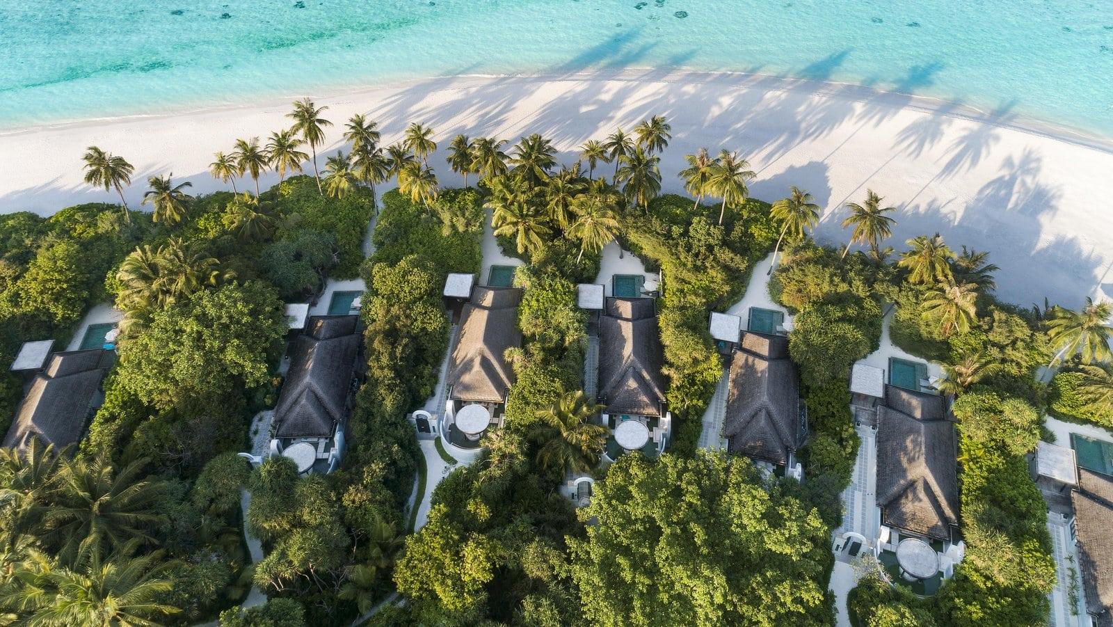 Мальдивы, отель Anantara Kihavah Maldives Villas, номер Beach Pool Villa