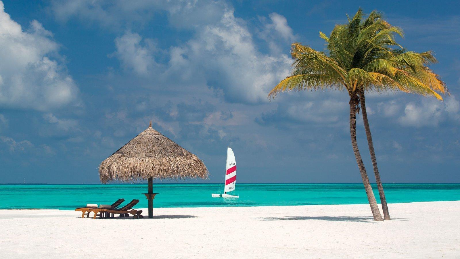 Мальдивы, отель Atmosphere Kanifushi Maldives, пляж