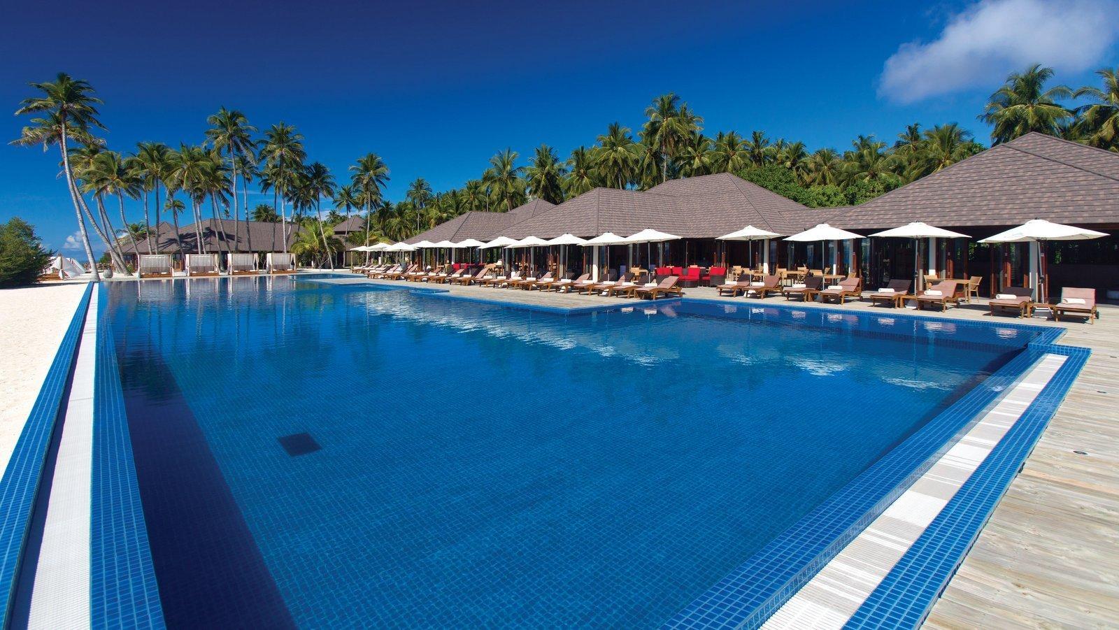Мальдивы, отель Atmosphere Kanifushi Maldives, The Liquid Pool Bar