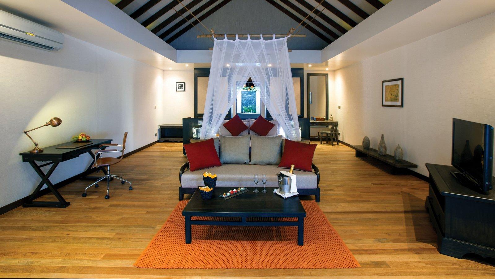 Мальдивы, отель Atmosphere Kanifushi Maldives, номер Sunset Beach Villa