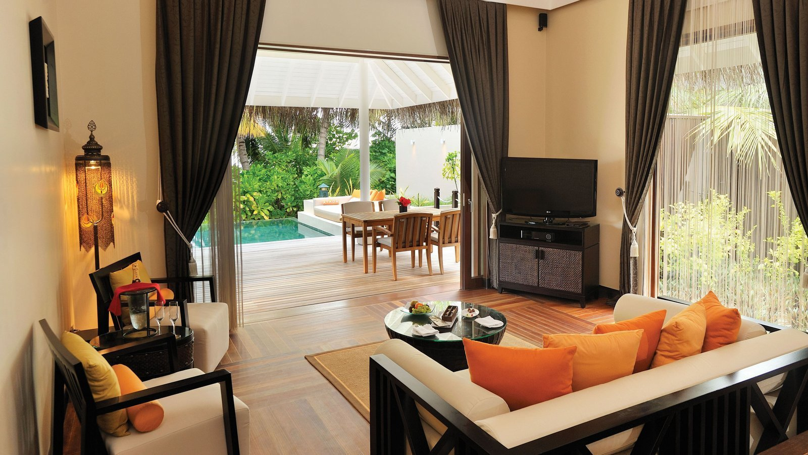 Мальдивы, отель Ayada Maldives, номер Sunset Beach Suite with Pool