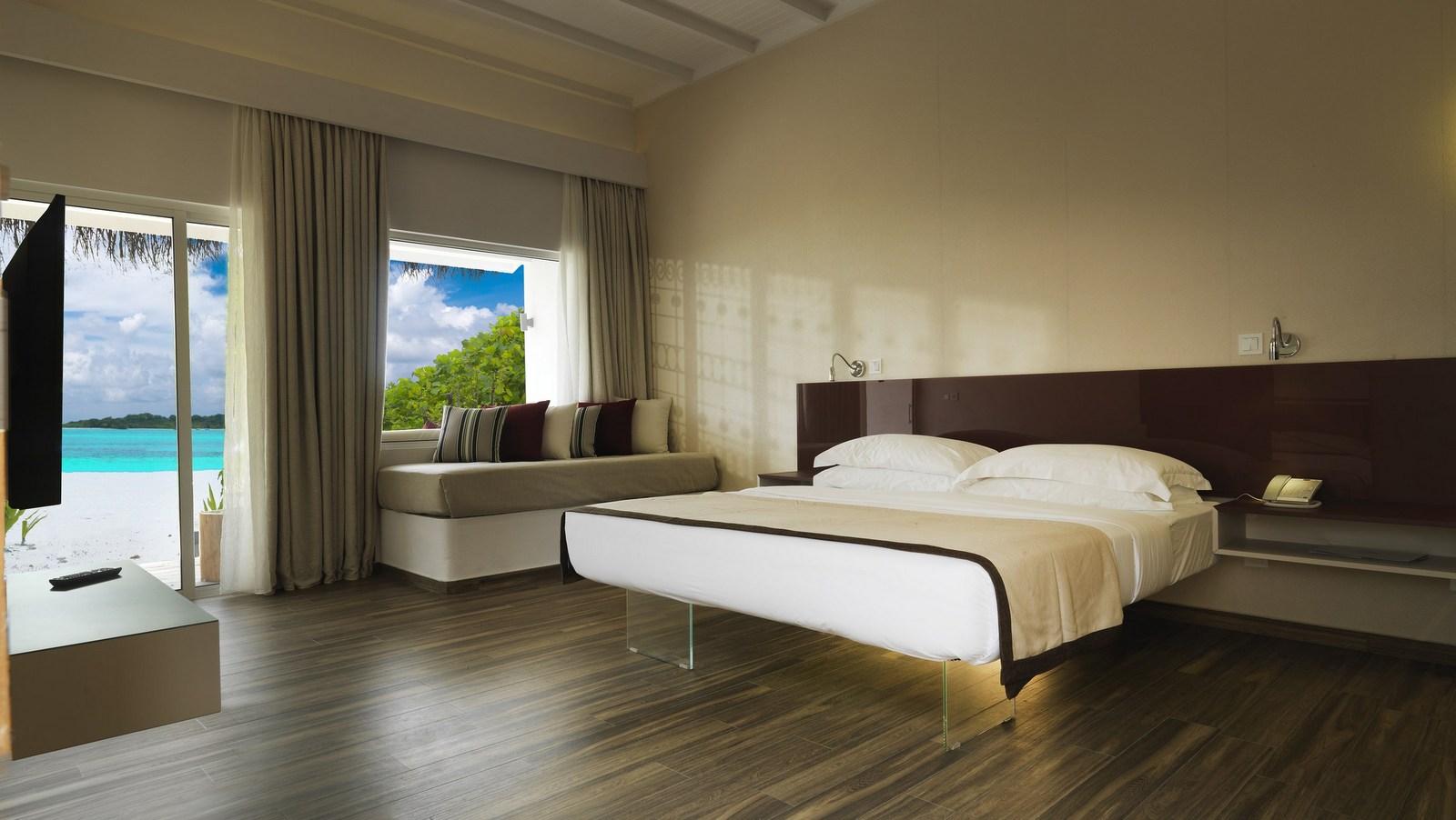 Мальдивы, отель Cocoon Maldives, номер Beach Villa