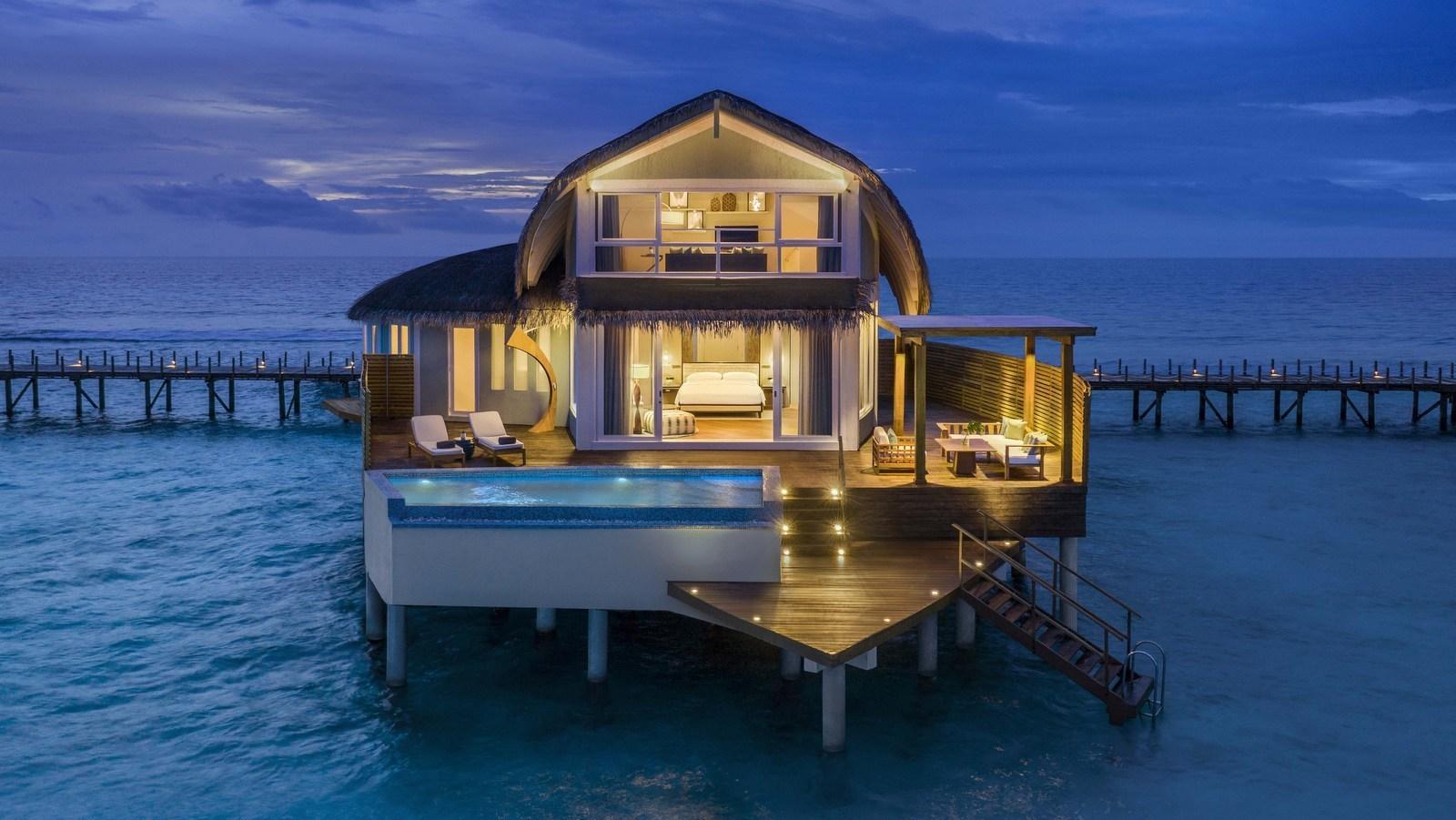 Мальдивы, отель JW Marriott Maldives Resort, номер Duplex Over Water Pool Villa