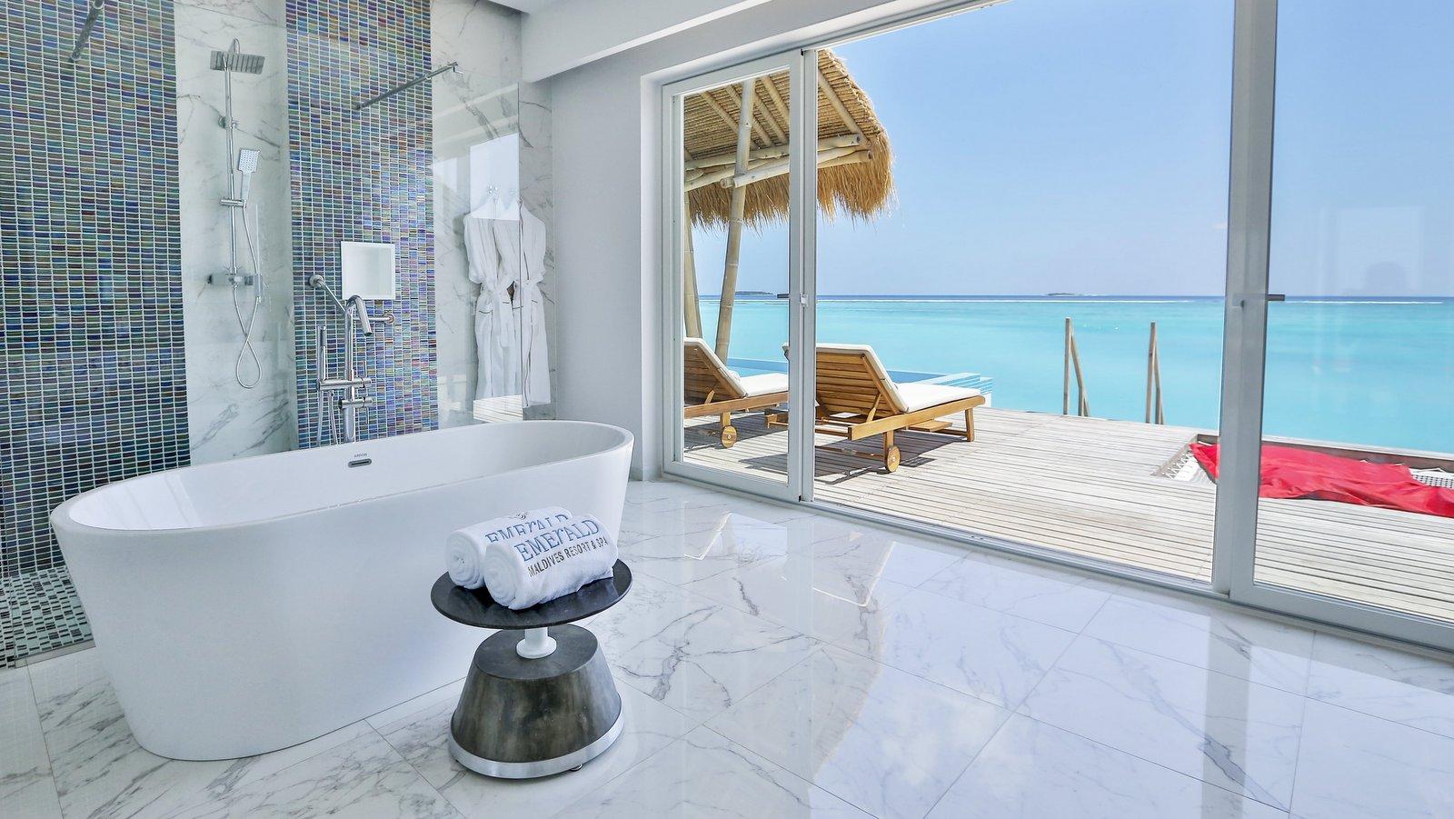 Мальдивы, отель Emerald Maldives Resort & Spa, номер Water Villa with Pool