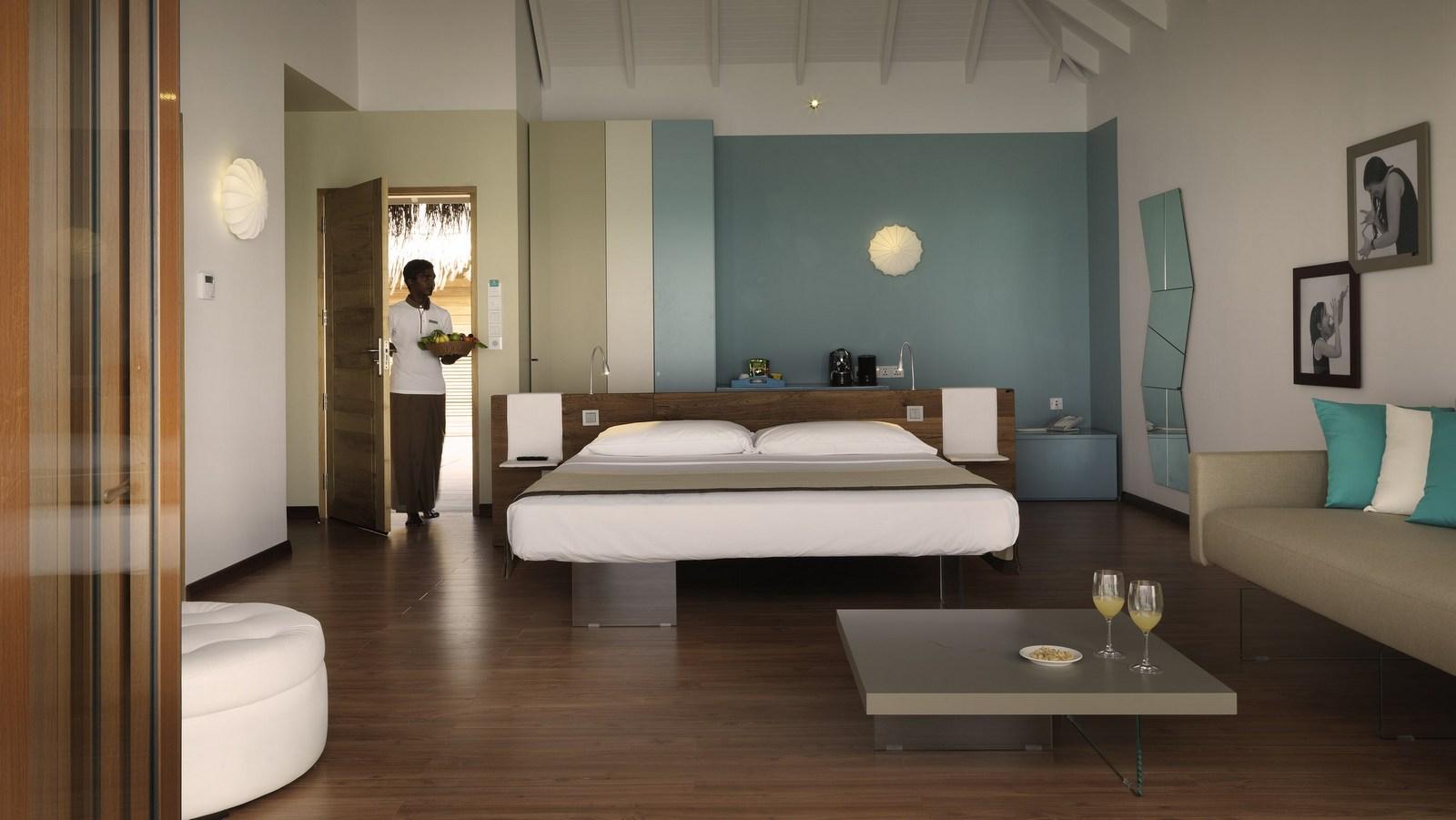 Мальдивы, отель Cocoon Maldives, номер Lagoon Villa