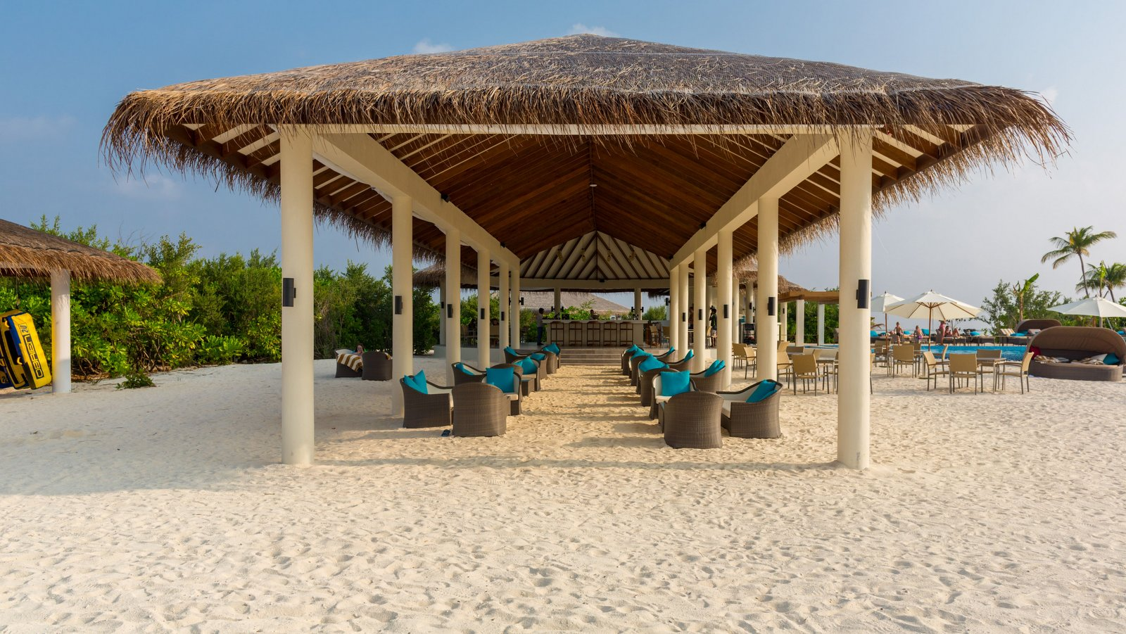 Мальдивы, отель Cocoon Maldives, Loabi Bar