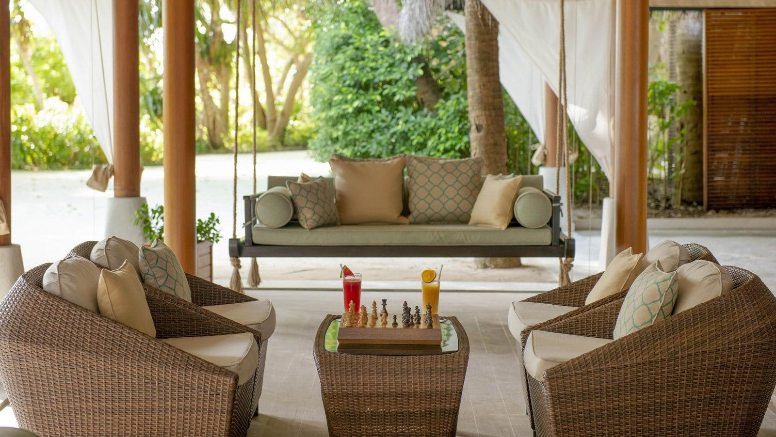Мальдивы, отель Baros Maldives, бар Sails