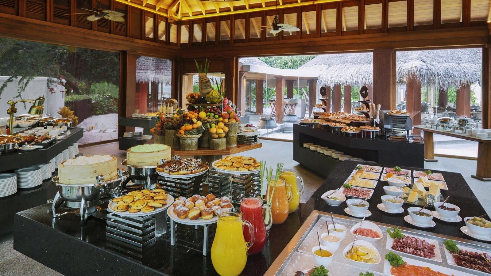 Мальдивы, отель Dusit Thani Maldives, ресторан The Market